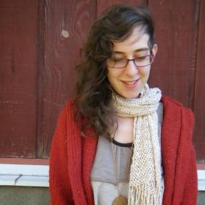 Idzie Desmarais, an unschooled speaker/blogger. (Image from her Youtube channel)